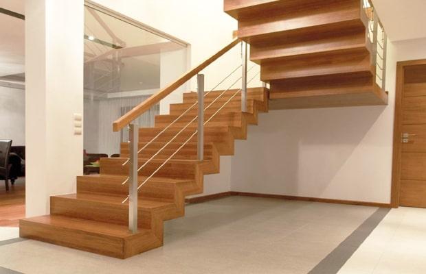 Các ngôi nhà theo phong cách hiện đại sẽ phù hợp với những mẫu cầu thang đơn giản
