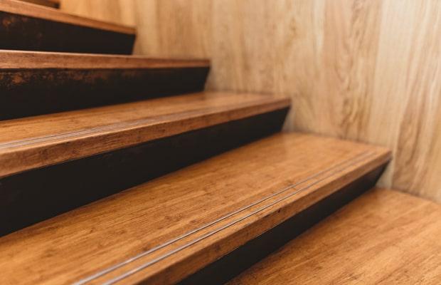 Các dòng sàn chất lượng đều sử dụng cốt gỗ HDF trong hạng mục này